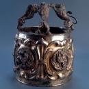 Кеттер-Тора (корона на сувій Тори) з левами
